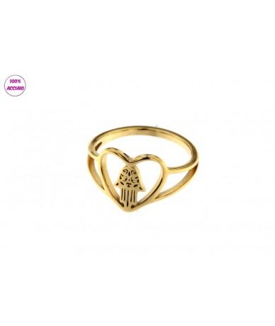 anello acciaio colore oro cuore con mano di fatima