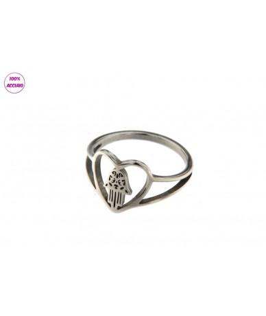 anello acciaio cuore con mano di fatima